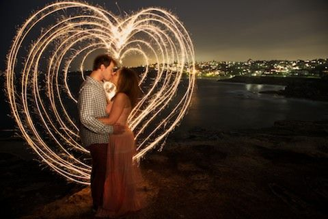 ROMANTIC NIGHT PORTRAITS FOR COUPLES